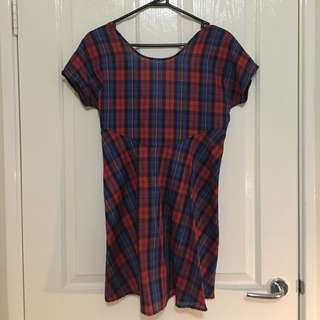 Vintage Dress - Low Cut Back