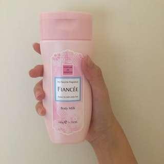 (降!)日本 FIANCÉE 香水身體乳