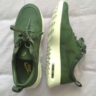 Authentic Kahki Nike Air Max Thea