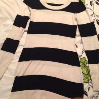 **MARKDOWN** Garage Striped Tunic