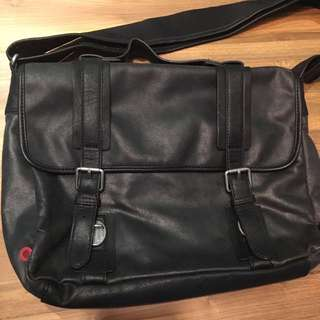 Espirit Messenger Bag