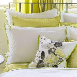 Queen Sized Duvet Cover X2 Standard Pillow Shams (Designers Guild)