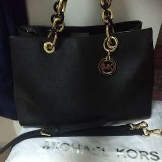 Authentic Michael Kors Black Cynthia Saffiano Leather Satchel/Handbag !!!