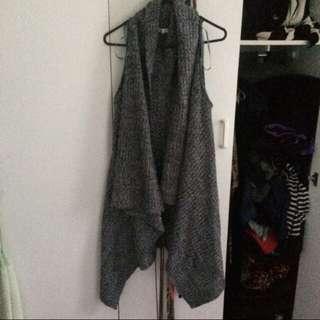 Super Knitted Vest