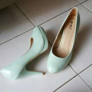 Mod Heels