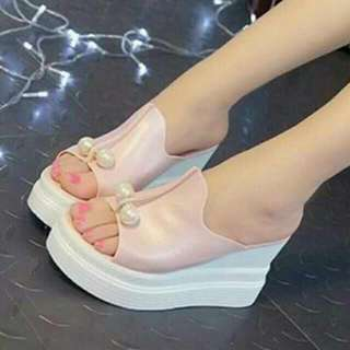 Wedges Unyu Pink