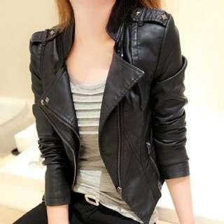 特價韓版🇰🇷PU機車皮衣翻領女士短款修身顯瘦加大尺碼短外套皮夾克