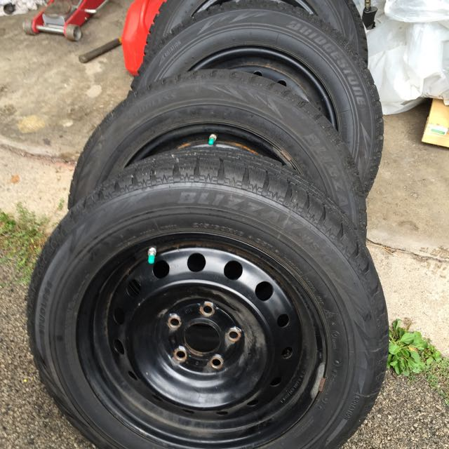 5 X 114.3 Winter Tire Package 215/60/16