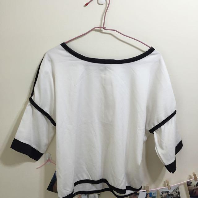 白色 落肩款 韓版t 韓版上衣