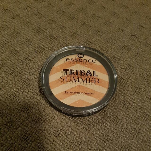 Essence Tribal Summer Bronzing Powder