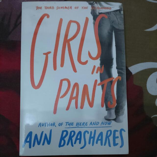Girls In Pants By Ann Brashares [Imported Book | Paperback]
