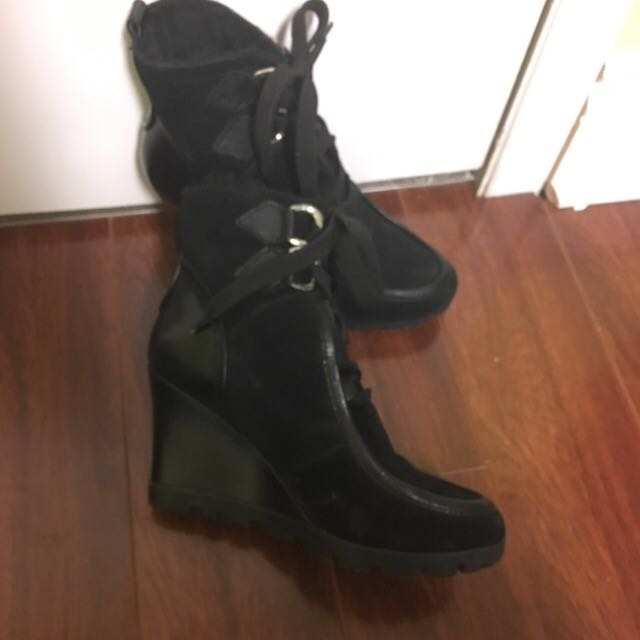 Guess Winter Ankle Boots Size 9