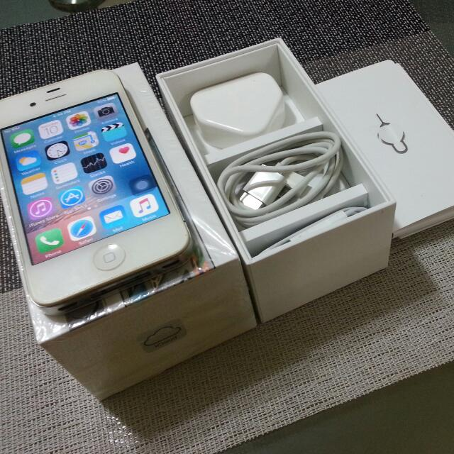 sold - iPhone 4s 64gb complete set