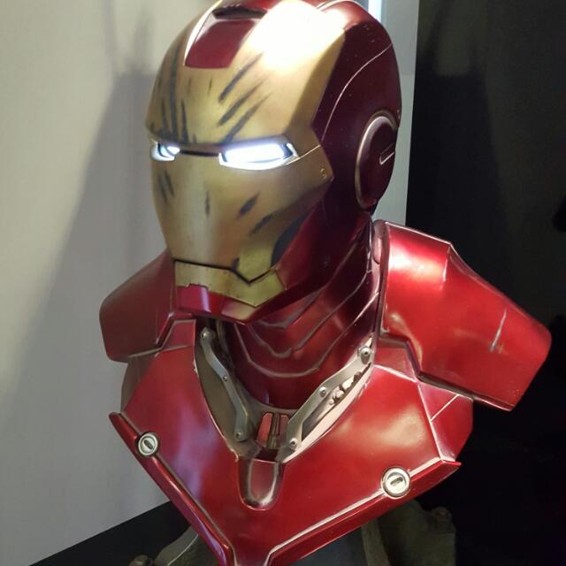 the latest 692b4 4e9cd Iron Man Mark III Battle Damage Life Size Bust (Sideshow), Toys   Games,  Bricks   Figurines on Carousell