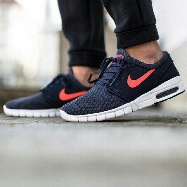 8f4ca5631c7d Nike Stefan Janoski Max