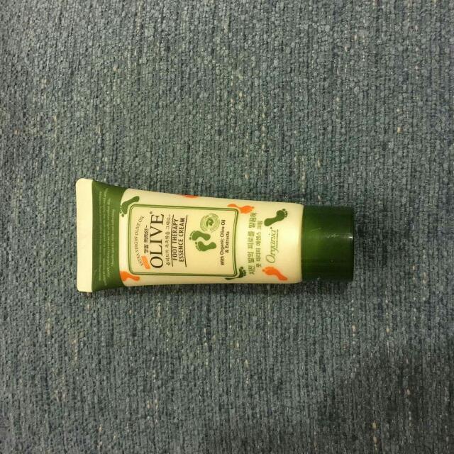OLIVE 護腳霜