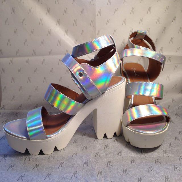 New size 10 Platform Heels
