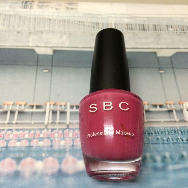 SBC 紫紅色指甲油