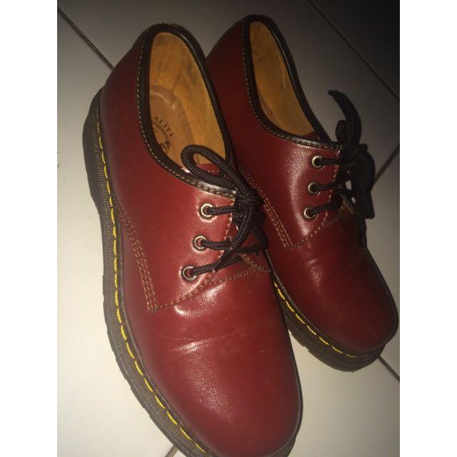 Sepatu Docmart ( Maroon )