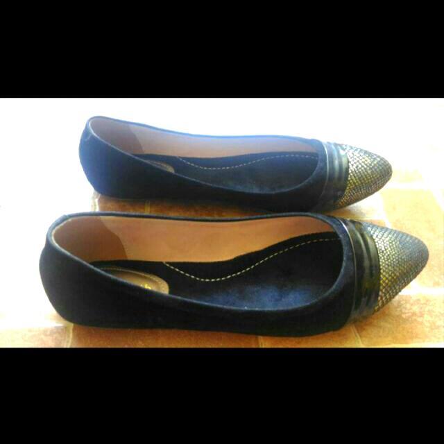 Sepatu Merk Elizabeth