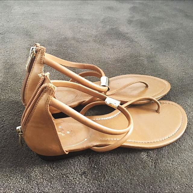Tan Brown Leather Sandals Shoes - vince camuto