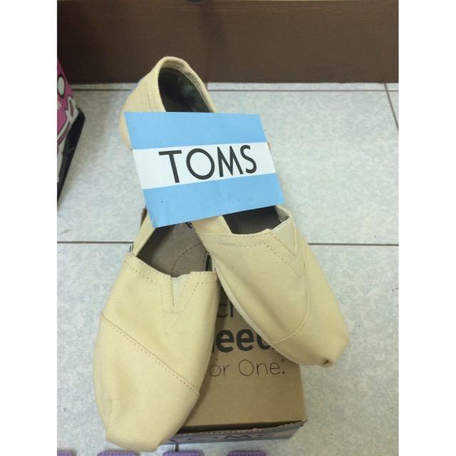 Toms 米色