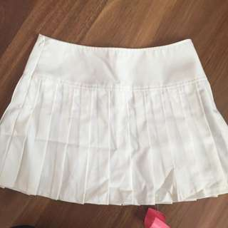White Mini Pleated Skirt