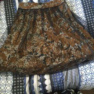 Cue Vintage Style Knee Skirt