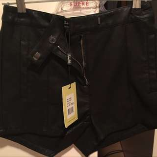 Bardot Size 6 Shorts