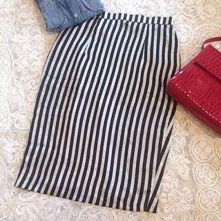 Shopatvelvet Monochrome Slit Skirt