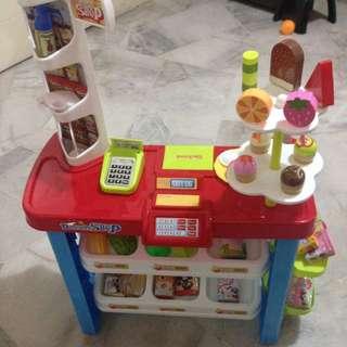 Dessert Shop Pretend Play