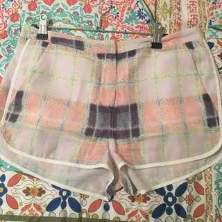 Finders Keepers Cream Puff Tartan Shorts SZ M