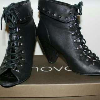 NOVO Laced Heels