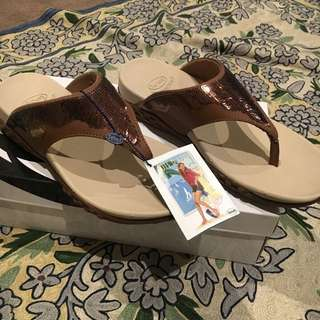 Scholl Womens Size 6 Shoes