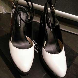 WINDSOR SMITH Black /white Heels Brand New!