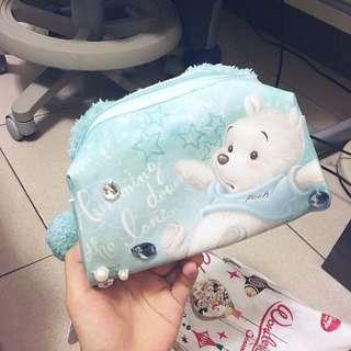 全新 日本迪士尼小熊維尼絨毛化妝包 白色維尼特別版