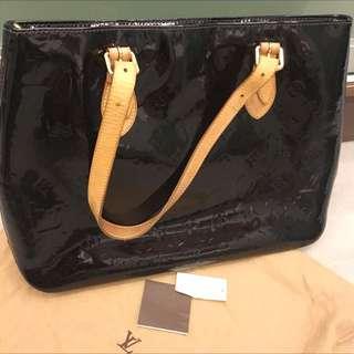 Louis Vuitton Brentwood Bag (Varnish Calf)