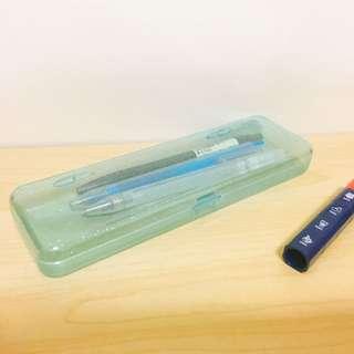 透明藍鉛筆盒
