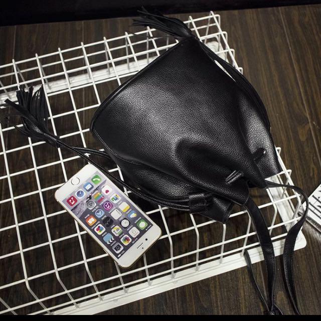 黑色水桶包