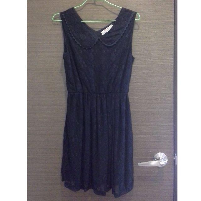 黑色蕾絲小圓領背心洋裝