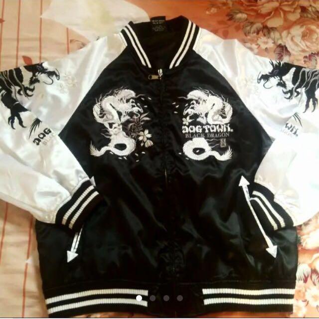 ✨轉賣 二手 黑龍橫須賀刺繡外套