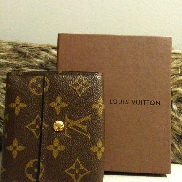 Authentic Louis Vuitton Elise Wallet