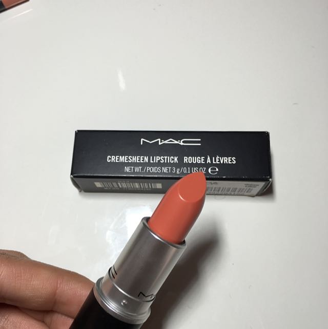 "Authentic MAC creamsheen Lipstick ""ravishing"""