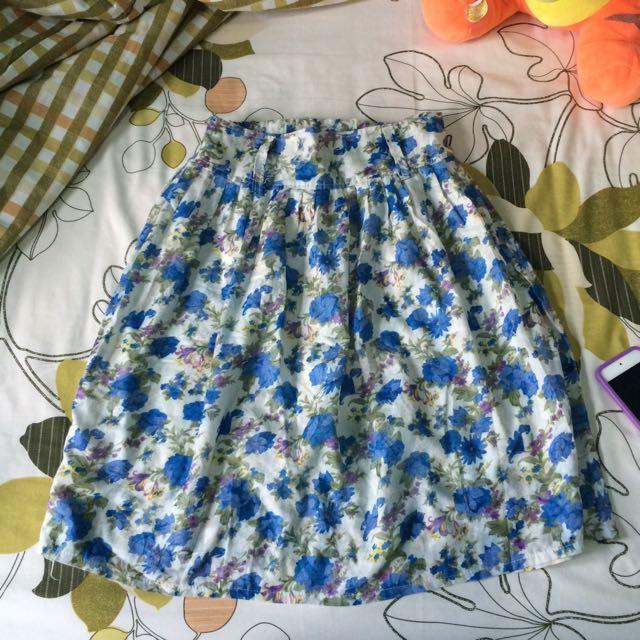 Beautiful flower skirt ( Rok motif bunga)