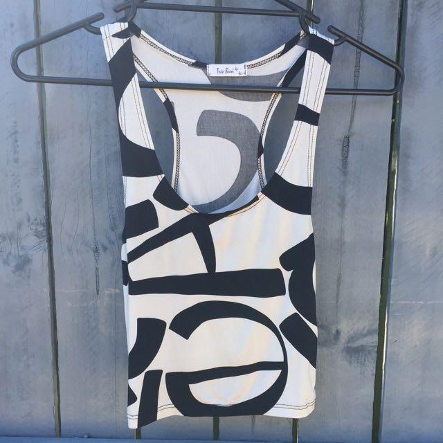 Black&white Printed Crop Top