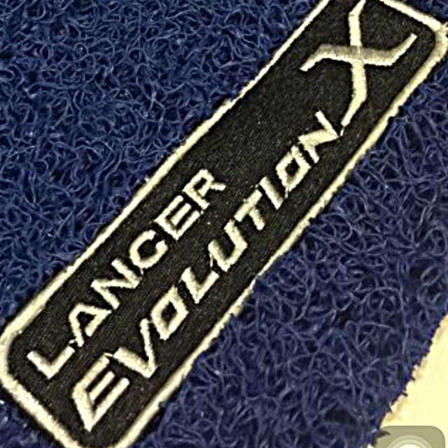 Customised Car Mats With Embroidery Logo