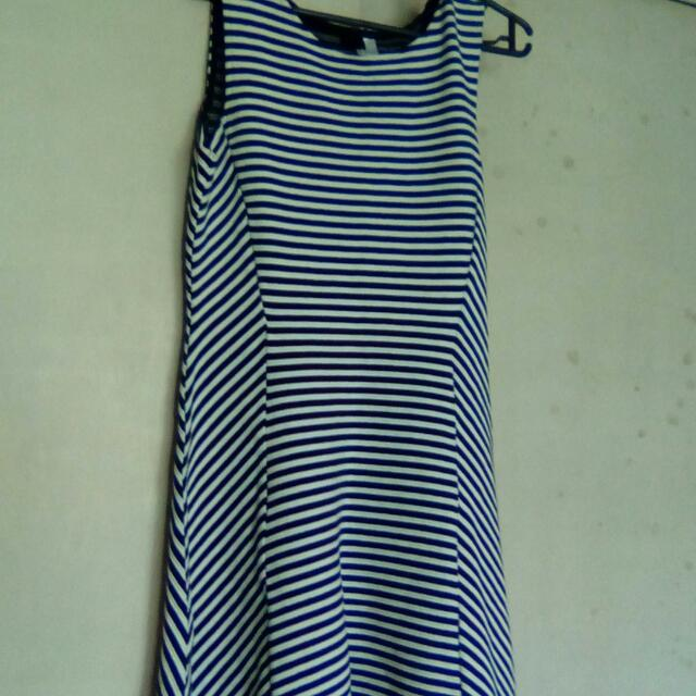divided dress by hm