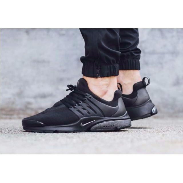 1558d75f06d Nike Air Presto - Triple Black