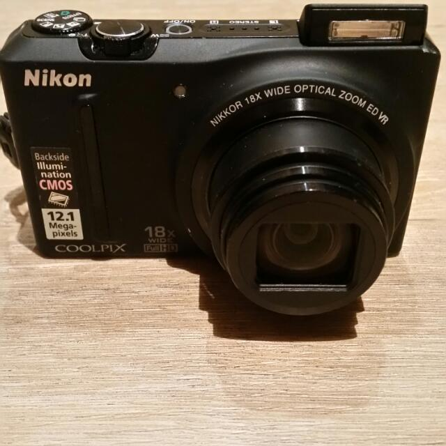 Nikon CoolPix S9100 Black 12.1MP 18x Wide Full HD Built in