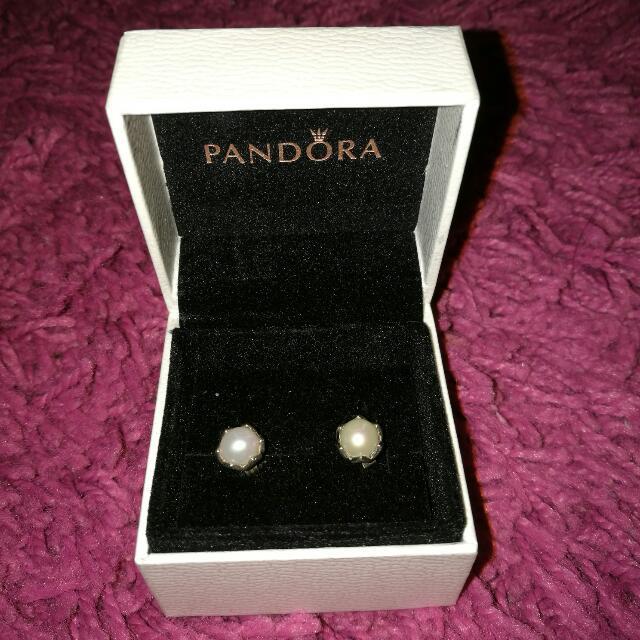 Pandora Pearls